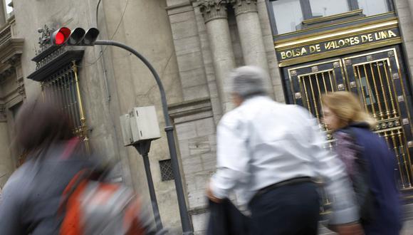 Las acciones del sector financiero reportaron en mayor retroceso en la bolsa local este jueves. (Foto: GEC)
