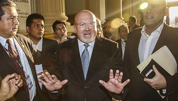 """Bruce: """"Talavera no está como opción para ministro de Justicia"""""""