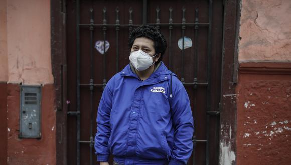 Frank Rengifo es una de las 217 mil personas recuperadas del coronavirus en el Perú. El joven psicólogo estuvo internado en el hospital Dos de Mayo. (Foto: César Campos)