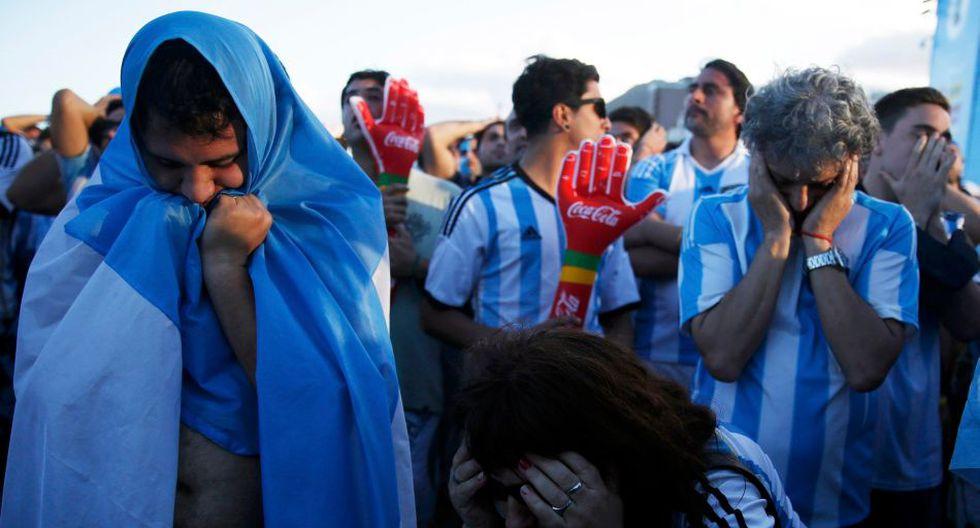 Miles en el Obelisco: el llanto de los hinchas argentinos  - 8