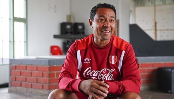Nolberto Solano considera que la Sub 23 que dirigió hace un año podría ser la base del recambio en mayores. (Foto: GEC)