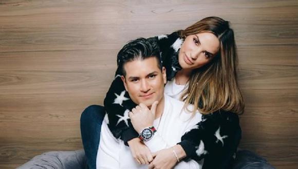 Cassandra Sánchez De Lamadrid y Deyvis Orosco se comprometieron. (Foto: @deyvisorosco)