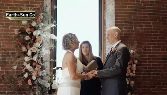 Peter le propuso matrimonio a su esposa Lisa al no recordar que están casados a consecuencia del Alzheimer. (Foto: YouTube | NBC Nueva York )