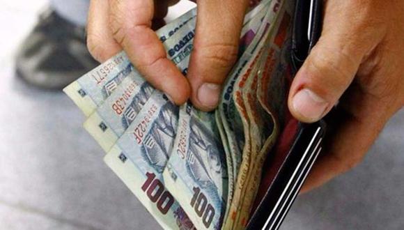 El Congreso aprobó por insistencia la norma que permite el retiro de hasta 4 UIT (S/17.600) de los aportes a las AFP para aliviar la crisis económica provocada por la pandemia | Foto: Andina / Referencial