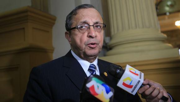 Daniel Mora cuestiona a rectores de universidades públicas