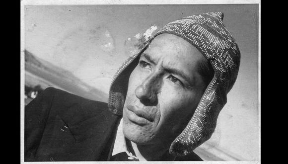 Retrato de José Portugal Catacora en Puno tomada por Víctor Chambi. (Archivo Familiar José Portugal Catacora)