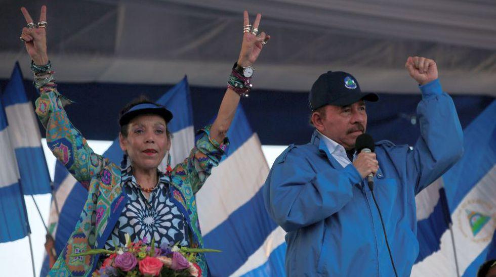 El presidente de Nicaragua, Daniel Ortega, junto a su esposa, la primera dama y vicepresidenta, Rosario Murillo. (Foto: Reuters)