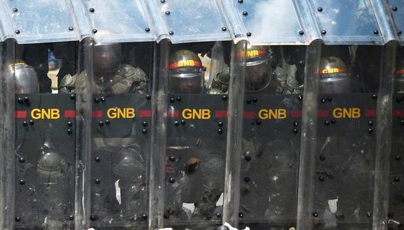 Habla uno de los militares venezolanos que desertaron a Colombia el 23 de febrero. (AFP)