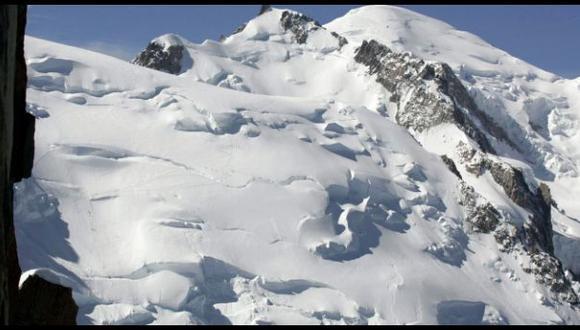 La montaña más alta de los Alpes se redujo 1,3 metros