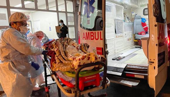 Embarazada de 27 semanas fue llevada en ambulancia al aeropuerto. (Foto: Diresa Piura)