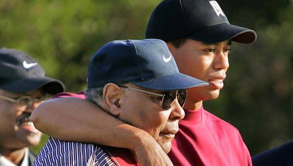 Tiger Woods y su padre Earl. (Foto: Facebook Tiger Woods)