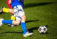 El peligro del cabezazo: identifican cuáles son los futbolistas con mayor riesgo de sufrir demencia