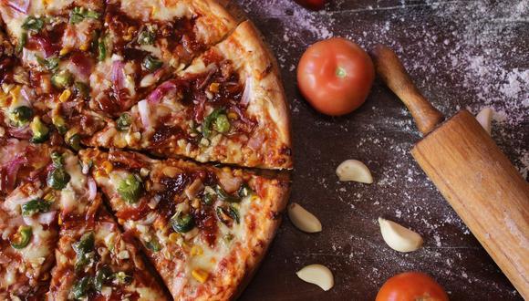 Tener una masa de pizza crujiente y al estilo italiano en casa es algo muy sencillo de lograr. (Foto: Pixabay)