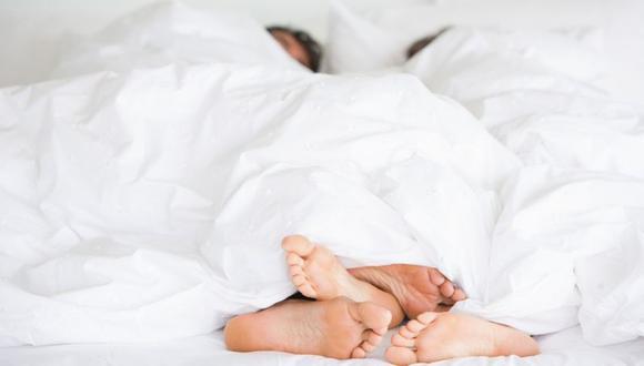 La comunicación puede ser una gran baza en la cama. (Foto: Getty)