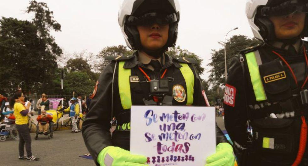 #NiUnaMenos: policía participó así en la marcha multitudinaria - 6