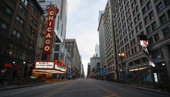 El teatro cerrado de Chicago, en Illinois, por el coronavirus. (Foto: AFP)