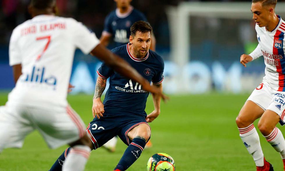 PSG chocó con Lyon por la Ligue 1 de Francia   Foto: EFE.