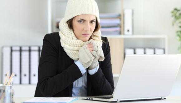 ¿Frío en la oficina? Esto también puede afectar tu productividad.