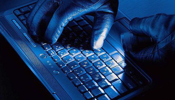 Los hackers aprovecharon de obtener beneficios en negociaciones y especulación relacionadas con el fabricante de medicamentos Intermune, el fabricante de procesadores Intel Corp. y la empresa de servicios comerciales Pitney Bowes Inc., dijo Estado