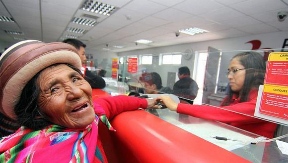 El bono económico de S/380 se cobraría desde el próximo lunes, estimó la titular del Midis, Ariela Luna. (Foto: Andina)