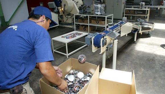 El empleo en el sector manufacturero se contrajo 2.6% en julio. (Foto: El Comercio)