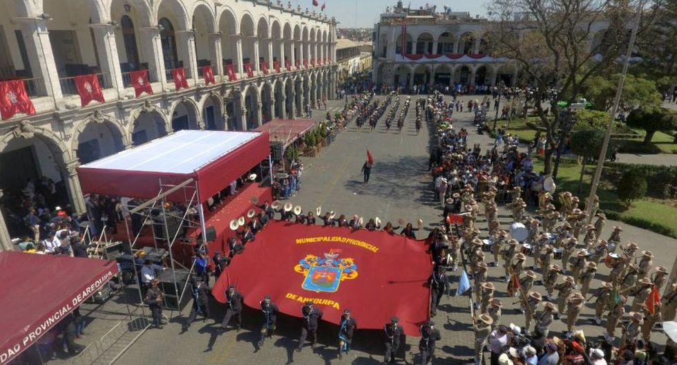 El paro indefinido iniciado el pasado 5 de agosto en Arequipa aún no ha sido levantado por los gremios que lo organizan (Foto: Zenaida Condori)