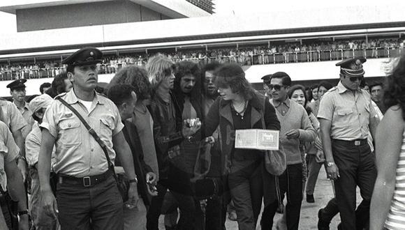 Así Ocurrió: En 1971 suspenden concierto de Santana en Lima