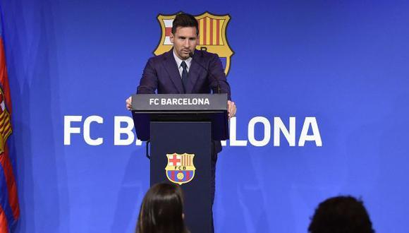 Lionel Messi le dijo adiós a Barcelona en emotiva conferencia en el Camp Nou. (Foto: AFP)