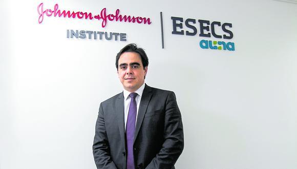 """""""Esperamos mantener el crecimiento a doble dígito"""", dice Andre Tenan de Johnson & Johnson. (Foto: Eduardo Cavero / El Comercio)"""