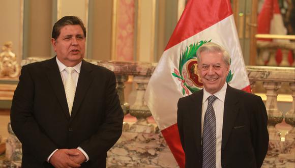 Mario Vargas Llosa dedicó columna a Alan García. (Foto: GEC)