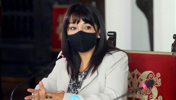 """""""La ciudadanía demanda mayor certeza, transparencia y eficiencia en el proceso [del traslado de vacunas]"""", señaló Mirtha Vásquez. (Foto: GEC)"""