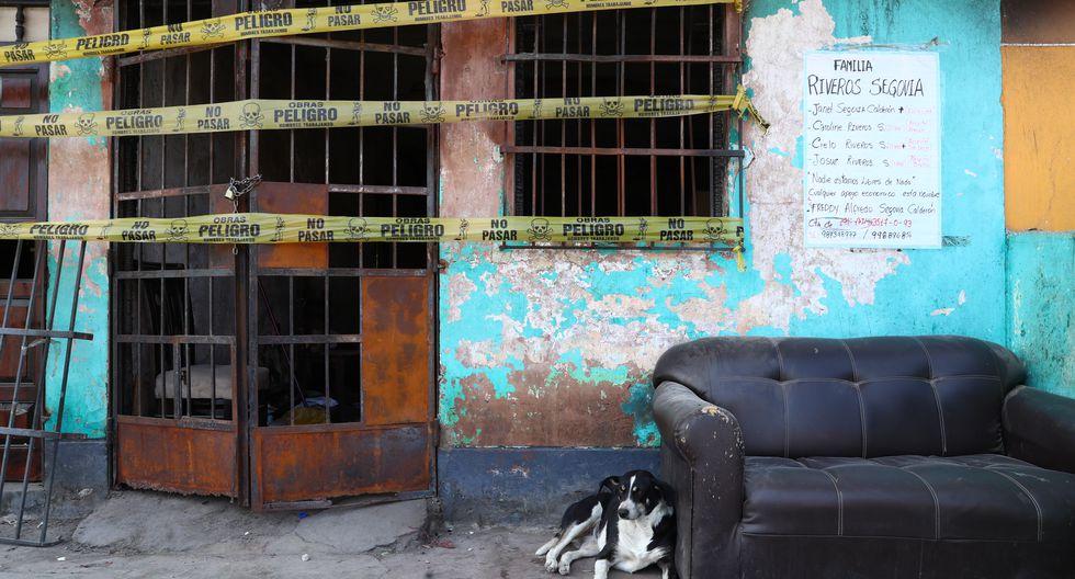 A un mes de la tragedia en Villa El Salvador, los damnificados siguen viviendo en módulos temporales y el barrio tiene una cara diferente y triste (Foto: Alessandro Currarino/El Comercio).