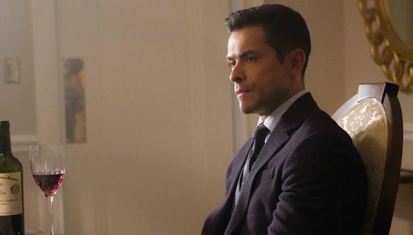 """Mark Consuelos interpreta a Hiram Lodge en """"Riverdale"""" (Foto: The WC)"""