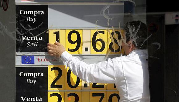 El tipo de cambio registraba un ligero descenso de 0,20% en México este miércoles. (Foto: Reuters)