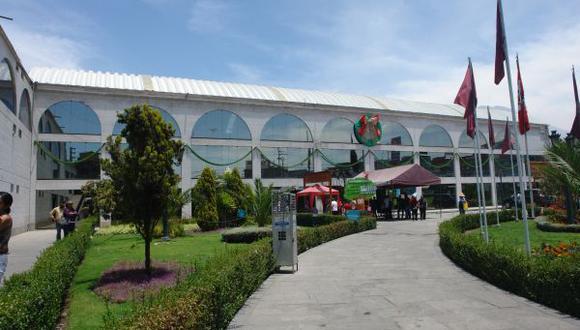 Empleados edilicios dan ultimátum a alcalde provincial de Arequipa