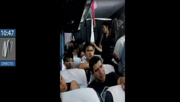 Estudiantes que se encontraban de viaje de promoción llegaron hasta Salinas (Ecuador), pero quedaron atrapados durante el retorno. (Captura: Canal N)