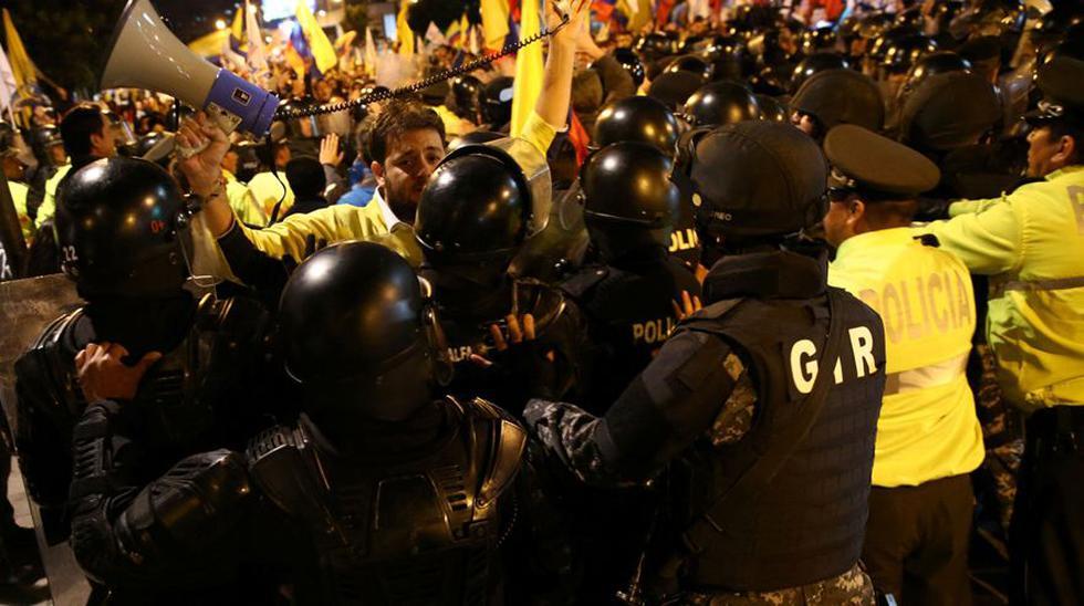 Ecuador: Seguidores de Lasso protestan y denuncian fraude - 5