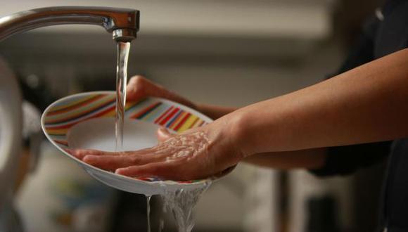 Sedapal anunció un corte del suministro de agua potable por trabajos de limpieza en un reservorio (Foto: El Comercio)
