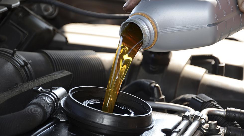 auto fuga de aceite