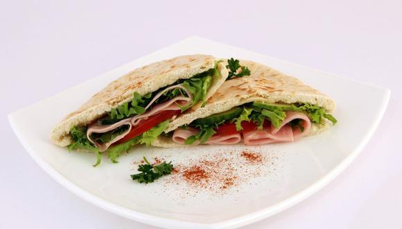 Los rellenos para pan pita son variados e ideales para una comida rápida. (Foto: Pixabay)