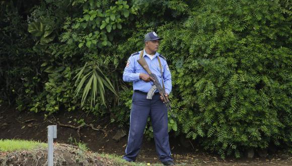 Las hermanas fueron asesinadas el sábado, mientras buscaban cangrejos para comer, en un río ubicado a varios cientos de metros de su vivienda, en la comunidad de Lizawe, en el municipio de Mulukukú. (Foto referencial, INTI OCON / AFP).