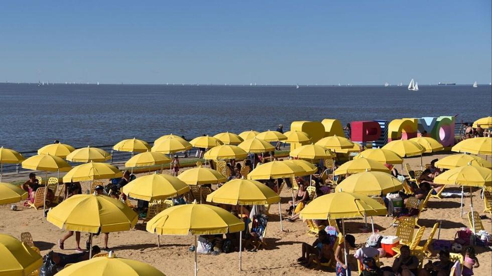 Buenos Aires playa. Es la primera playa urbana de Latinoamérica y desde su creación más de 5 millones de personas, entre locales y turistas, han disfrutado de ella. Esta playa consta de un total de 32 hectáreas. (Foto: Ente  de Turismo de Buenos Aires)