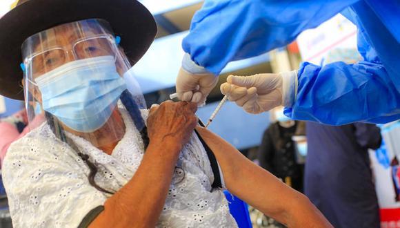 El Gore Ayacucho gestiona más vacunas ante el Ejecutivo, con la finalidad de inmunizar a más población y garantizar la salud y vida de la población ayacuchana. (Foto: Gore Ayacucho)