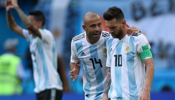 Lionel Messi se despidió de Javier Mascherano y Fernando Gago. (Foto: AFP)