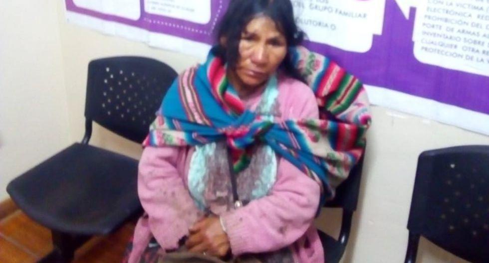 Luisa Curi Sapa (52), natural de Paruro (Cusco), caminó durante seis horas para denunciar la tentativa de feminicidio de la que fue víctima. (PNP)