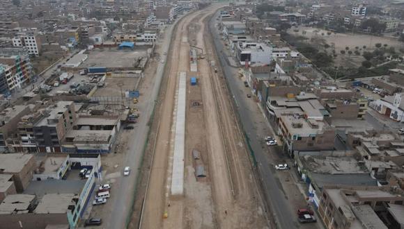 El alcalde Jorge Muñoz supervisó los avances de la ampliación del tramo norte del Metropolitano | Foto: Jorge Cerdan/@photo.gec