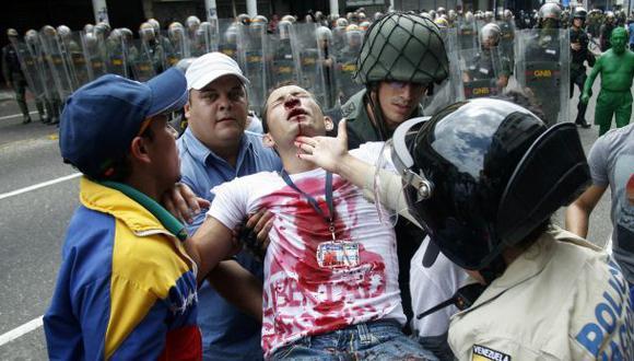 Venezuela: choques entre estudiantes y la policía en Táchira