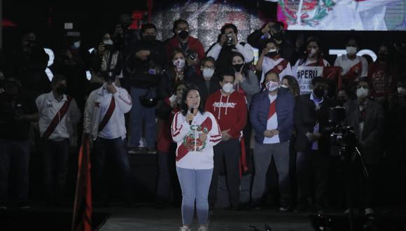 Keiko Fujimori también instó a sus simpatizantes a participar de las marchas a favor de Fuerza Popular de manera pacífica. (Foto: Leandro Britto / @photo.gec)