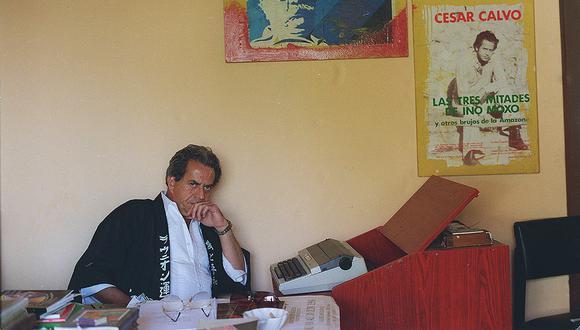 EN EL 2000 EN LA IMAGEN : EL FALLECIDO POETA PERUANO CESAR CALVO. FOTO:  GEC ARCHIVO HISTÓRICO.