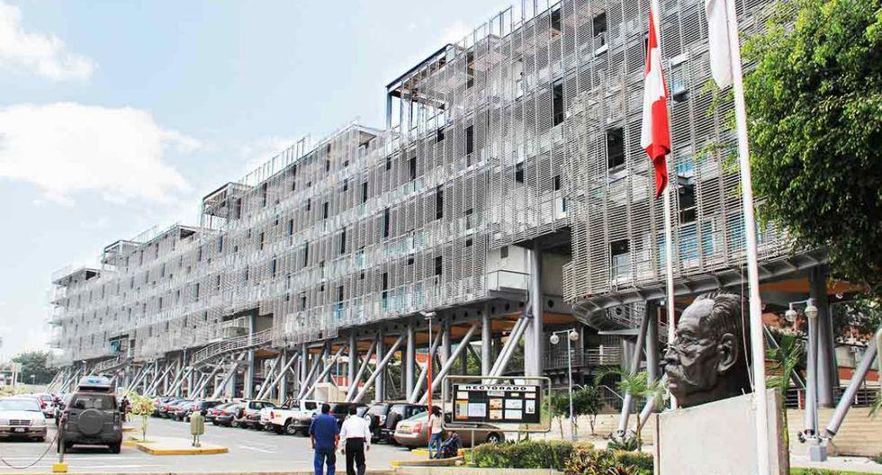 En el quinto lugar está la Universidad Ricardo Palma (URP). El ingreso promedio de los egresados de la carrera es de S/4.082.